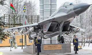 Поздравление министра обороны Республики Беларусь с 15-летием со дня образования командования ВВС и войск ПВО