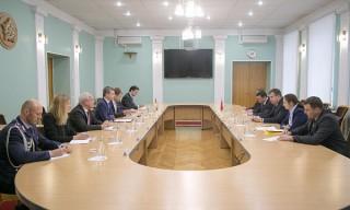 Министр обороны Беларуси встретился с парламентским государственным секретарем Федерального министерства обороны Германии
