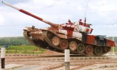 Беларусь вышла в финал «Танкового биатлона»