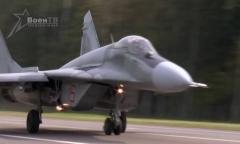 На трассу Минск-Могилев сели боевые самолеты