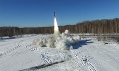Боевые пуски тактического ракетного комплекса «Точка»