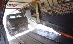 Десантирование грузовика с высоты 600 метров