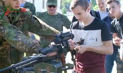 Школьники в армии