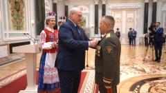 Президент вручил государственные награды