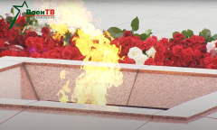 Руководящий состав Вооруженных Сил возложил цветы к монументу Победы