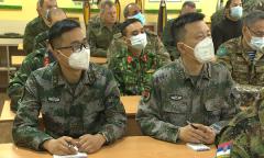 Военные атташе в противоминном центре