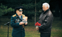 Леонид Якубович поздравил ветерана